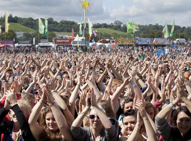 Glastonbury 2011 Crowds