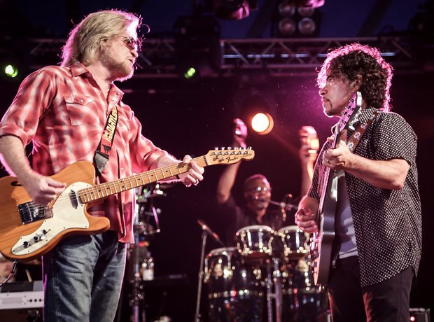 Hall and Oates performing at Latitude Festival 201