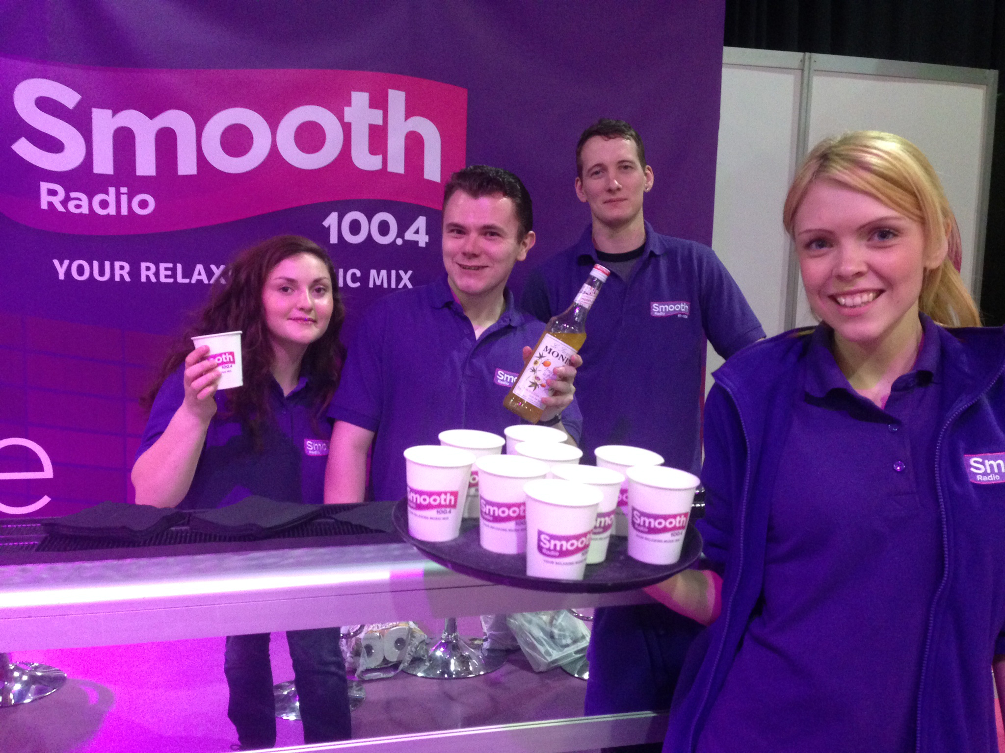 Our Smooth Crew hand out Smoothies