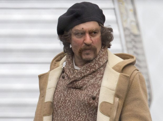 Johnny Depp on set of Yoga Hosers