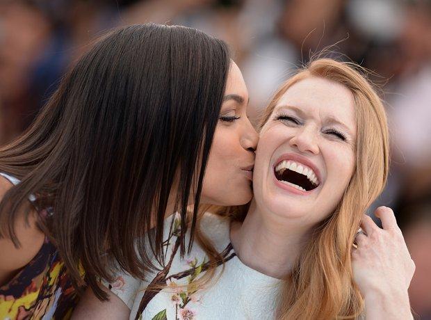 Rosario Dawson kiss