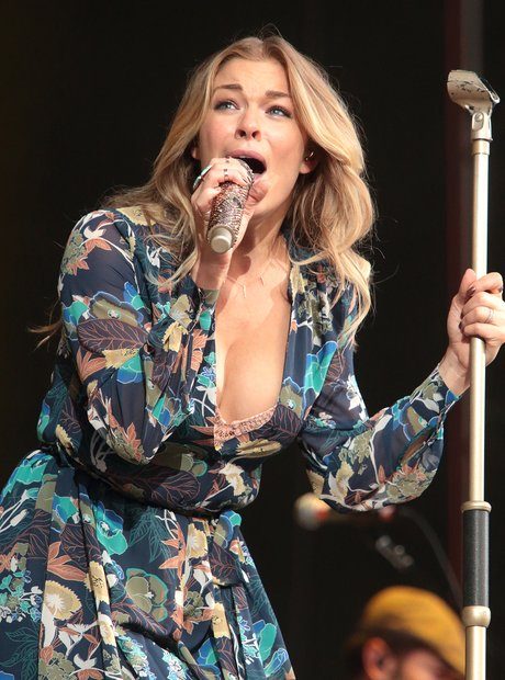 The 'How Do I Live?' singer looking glam as she opens for Billy Joel in concert in Baltimore.