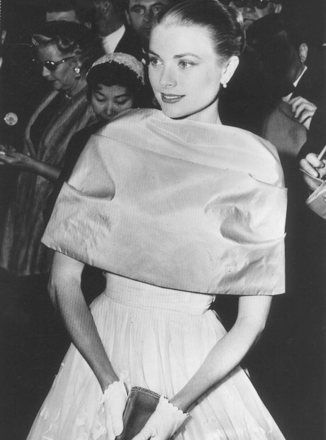 The Most Iconic Oscars Dresses Grace Kelly