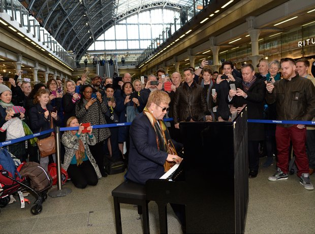 Elton John surprise performance at St Pancras