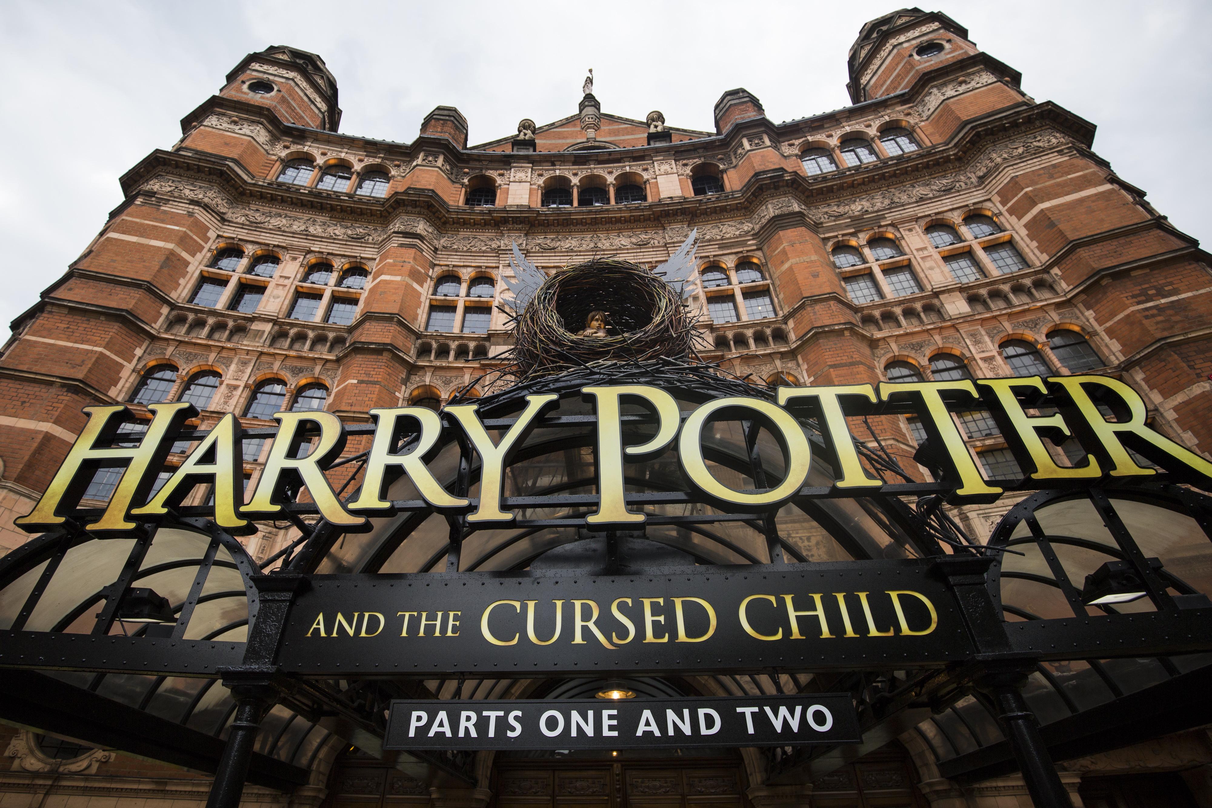 Harry Potter Cursed Child facade