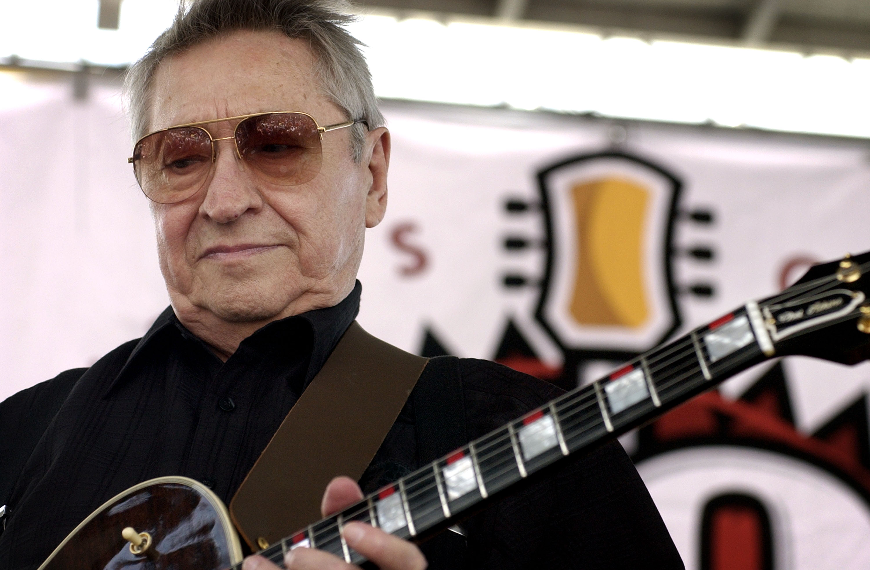 Scotty Moore Dies