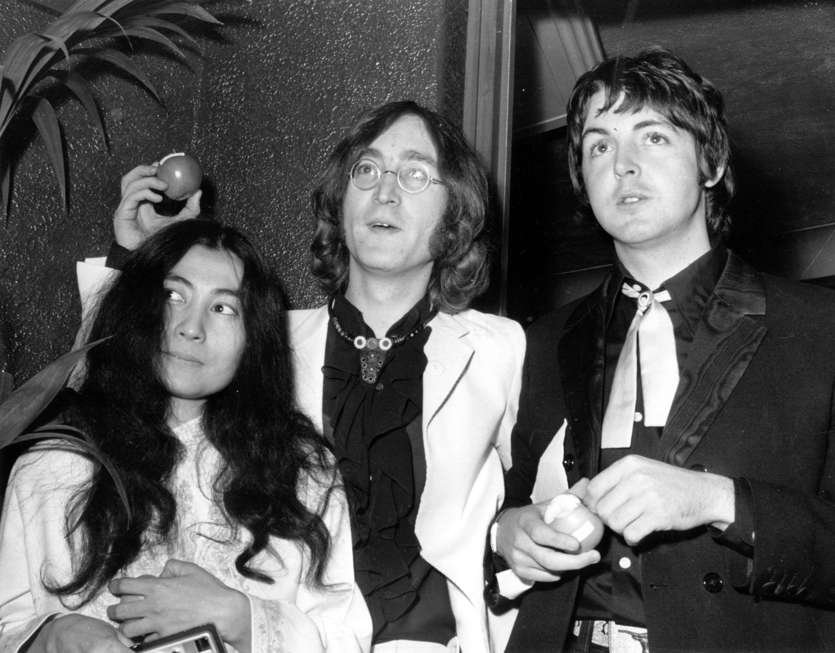 Yoko Ono, John Lennon and Paul McCartney The Beatl