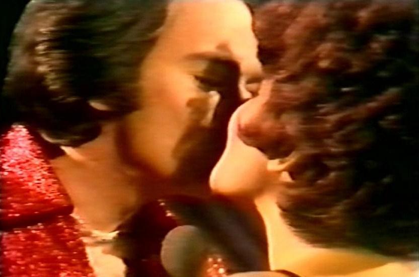 Neil Diamond and Shirley Bassey