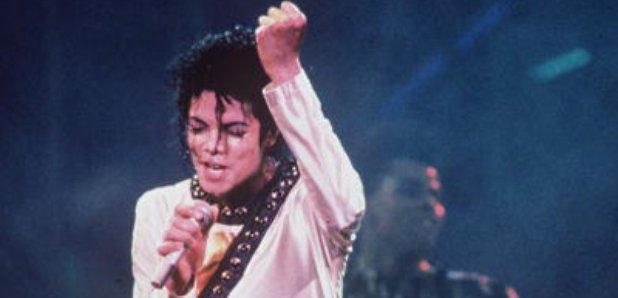 Michael Jackson Hologram At Billboard Awards? - Smooth