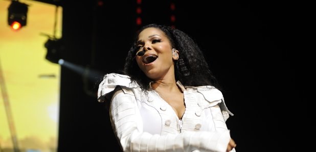 Janet Jackson breaks down in tears after performing a song