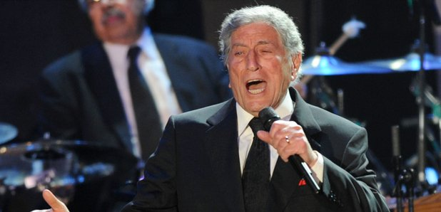 Tony Bennett To Release New Latin Duets Album - Smooth