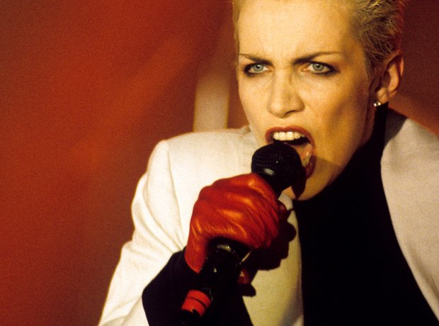 annie lennox - the greatest music divas of the 1980s