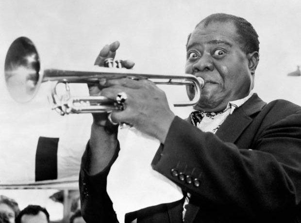 Louis Armstrong playing instrument