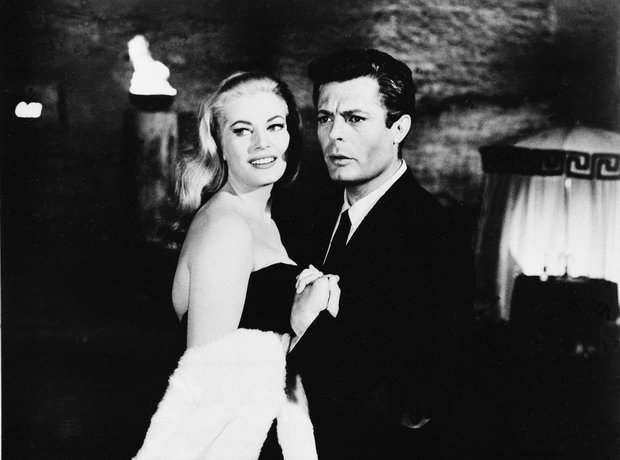 Anita Ekberg and Marcello Mastroianni in 'La Dolce