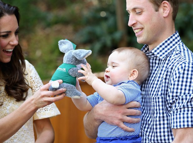Prince George plays at Sydney Zoo