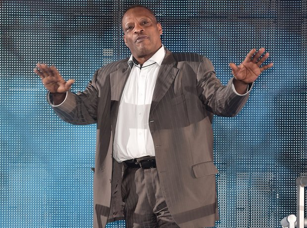 Singer Alexander O'Neal enters the Celebrity Big B