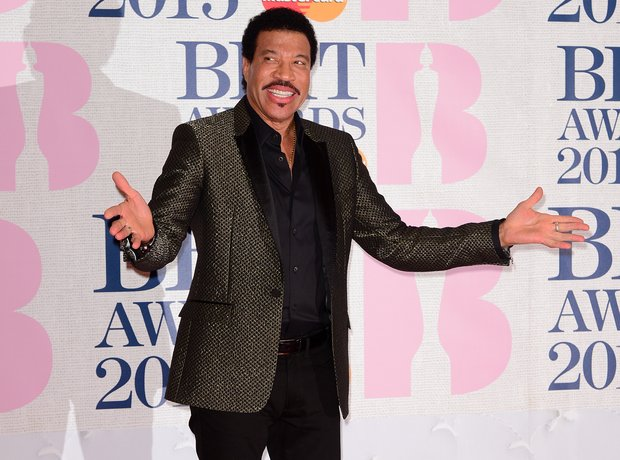 Lionel Ritchie BRIT Awards Red Carpet 2015