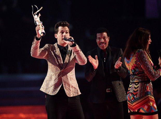 Mark Ronson BRIT Awards 2015