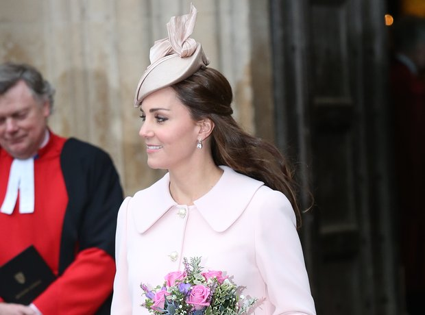 Kate Middleton pregnant pink Alexander McQueen coa
