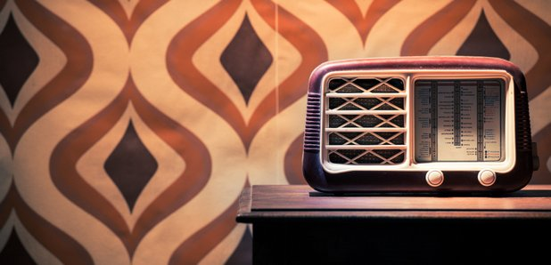 70s Retro Wallpaper Radio