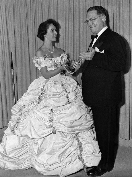 The Most Iconic Oscars Dresses Elizabeth Taylor