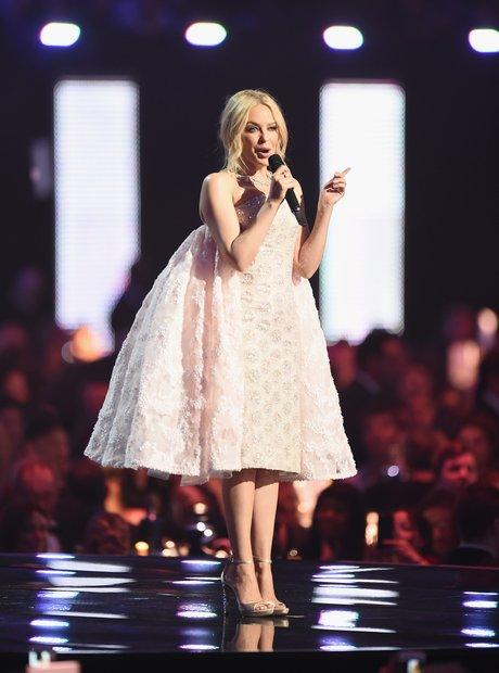 Kylie Minogue Brit Awards 2016 Live