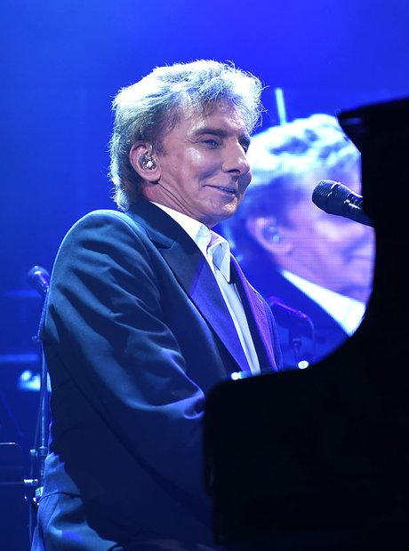 Barry Manilow 2016