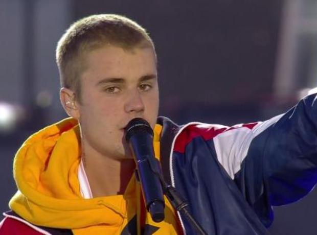 Justin Bieber Performance #OneLoveManchester
