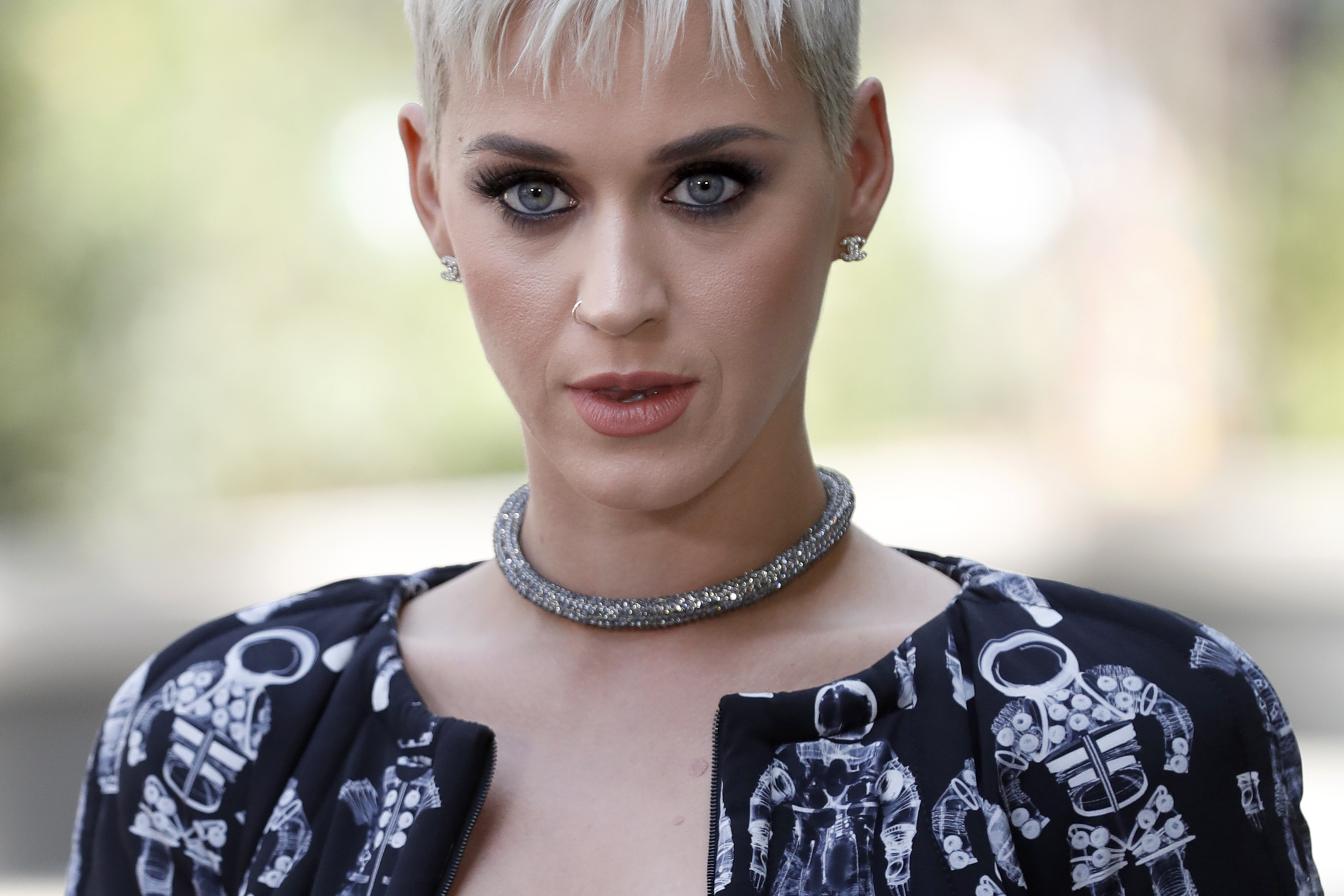Katy Perry Chanel 2017-2018 Haute Couture