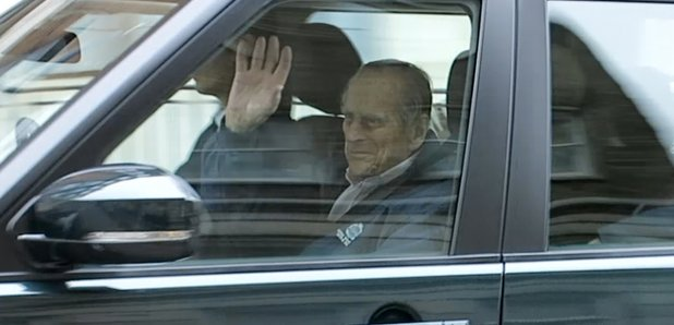 Prince Philip leaves hospital after hip surgery - Smooth