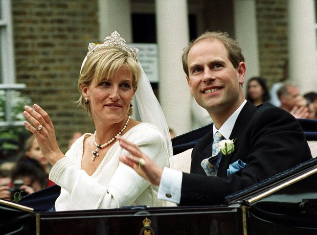 Prince Edward Wedding.Prince Edward And Sophie Rhys Jones A History Of All The