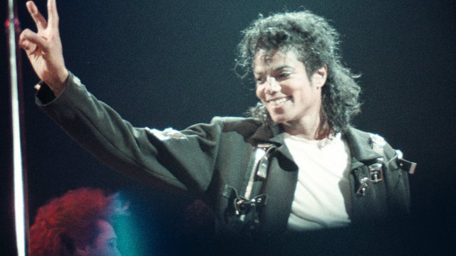 Michael Jackson - latest news, songs, photos and videos - Smooth Radio